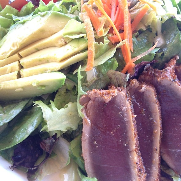 Ahi Avocado Salad @ Royal Lahaina Resort