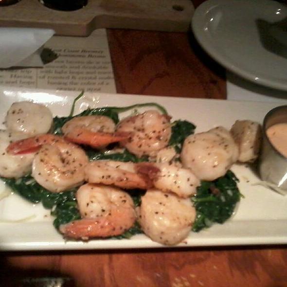 Shrimp And Scallops - The Neighbors Place, Lynchburg, VA