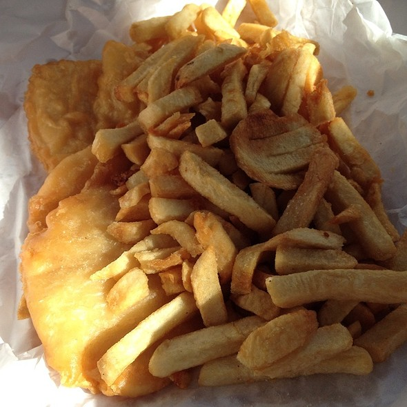 Scallops And Chips @ Leo's Takeaway