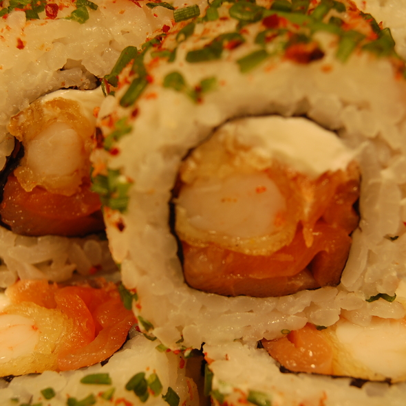 Sapporo Roll @ Sushi House Mall Plaza Oeste