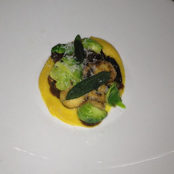 Fresh Ricotta Gnudi @ Restaurant Zoe