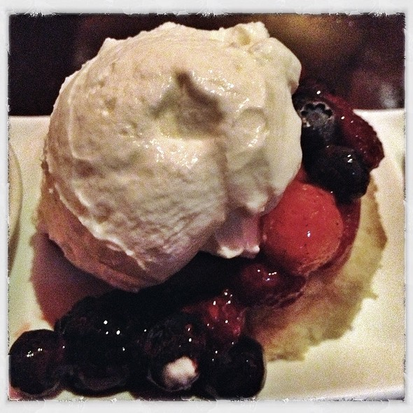 Berry Shortcake - TENDER steak & seafood - Luxor, Las Vegas, NV