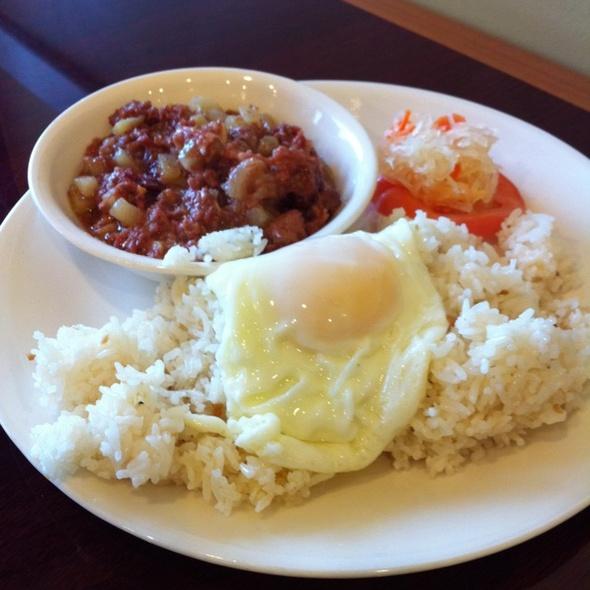 Corned Beef Silog @ Cabalen Filipino Cuisine