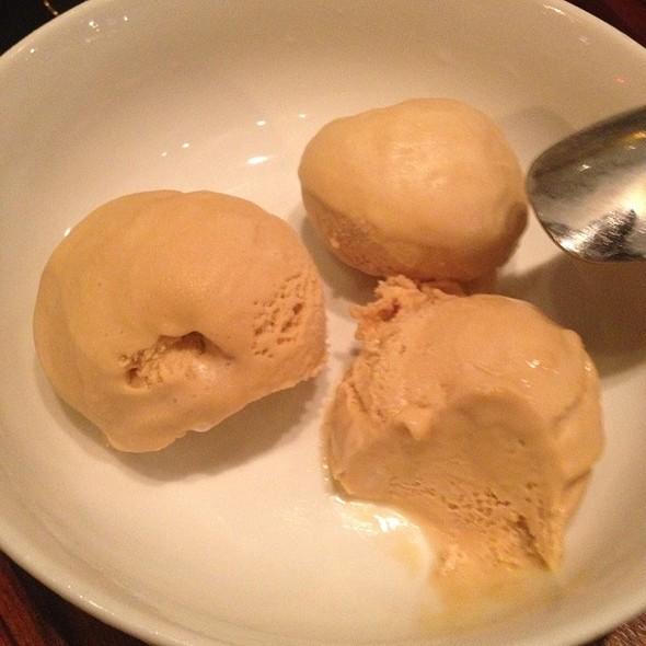 Salted Caramel Ice Cream @ Pizzando