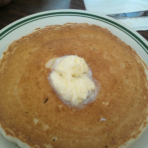 Short Stack Buttermilk Pancakes @ Joy Of Eating Cafe