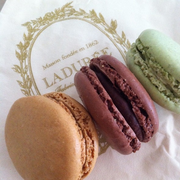 French Macarons @ Ladurée - Shopping Iguatemi JK
