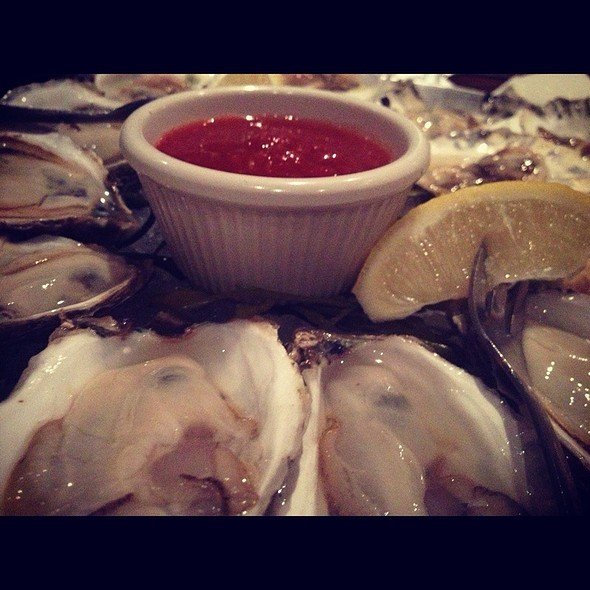 Wellfleet And Belon Oysters - The Sole Proprietor, Worcester, MA