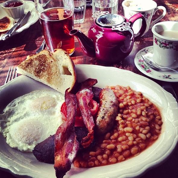 English Breakfast @ The Dandelion