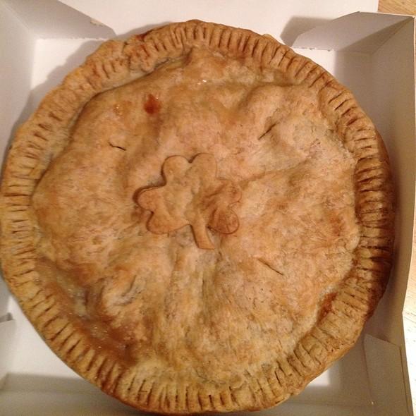 2 Gingers Tipsy Apple Pie @ Aamodt's Apple Farm