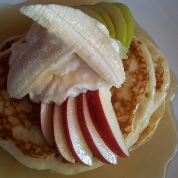 Pancakes with Yoghurt and Fruit @ Blue Hour