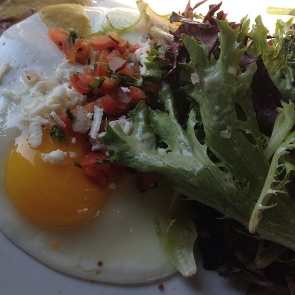 Huevos rancheros @ Kraftwork