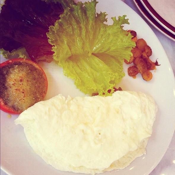 Salad @ Chelsea Market & Cafe