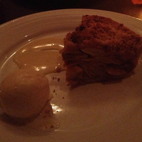 Apple Pie @ Fishtail