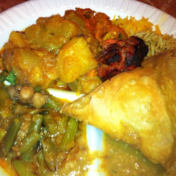 Indian Buffet @ Shiney Sweet Delicacies