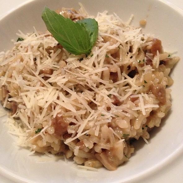 mushroom risotto @ Svelto (Свелто), Итальянский Ресторан