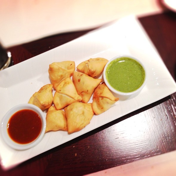 Vegatable Samosa @ Hayat's Kitchen
