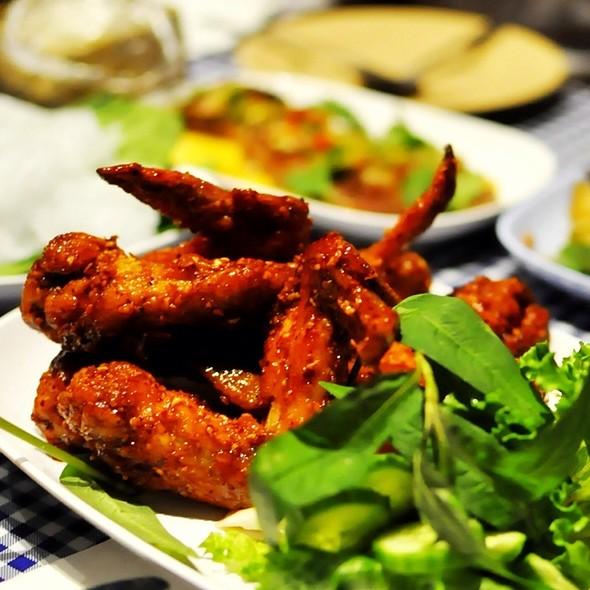 Ike's Vietnamese Fish Sauce Wings @ Pok Pok NY