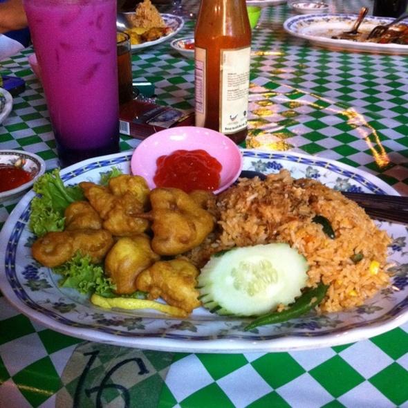 Nasi Goreng Sotong Pop @ Restoran Bisik Bisik