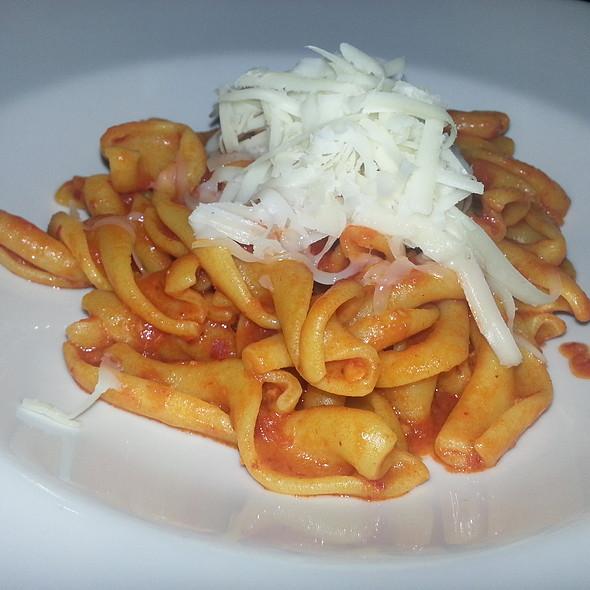 Riccioli Di Pasta Fresca 'Nduja E Pecorino @ Il Santo Bevitore