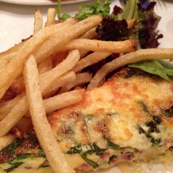 Quiche & Frites @ Le Paradis Brasserie Bistro