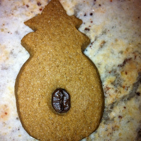 Kona Coffee Shortbread Cookie @ Honolulu Cookie Company