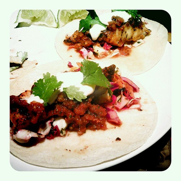 fish tacos @ The Foggy Notion