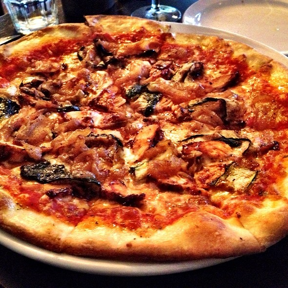 Pollo Pizza @ Terrazza