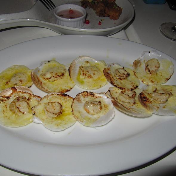 Baked scallops @ Harvest Gastro Pub