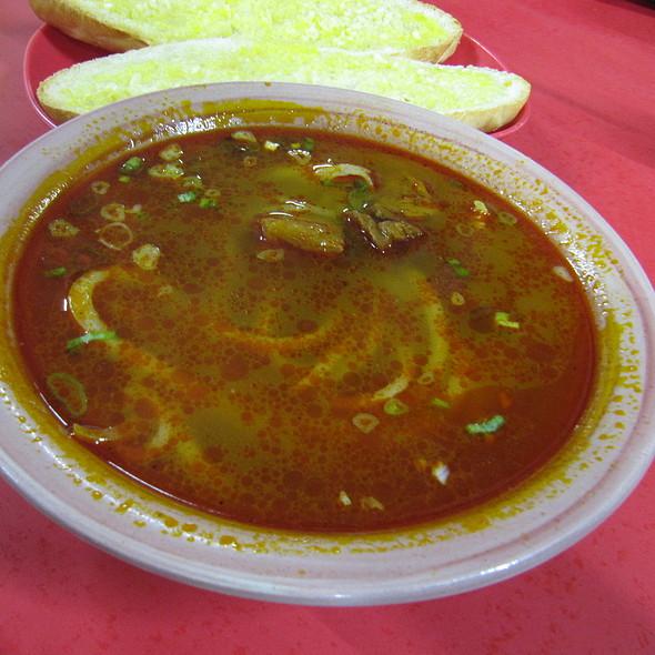 Beef Stew Chao Long @ Bona's Chao Long haus