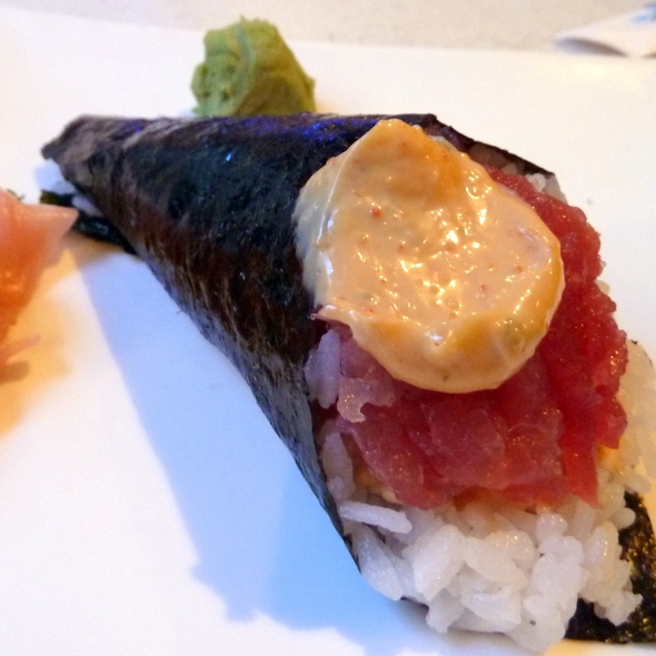 Spicy Tuna Handroll @ Namiko's Sushi Bar & Japanese Restaurant