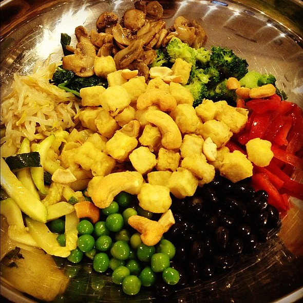 Vegan bibimbap! @ Kiri