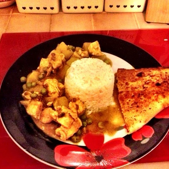 Chicken Curry @ Alberto's Cafe!!!