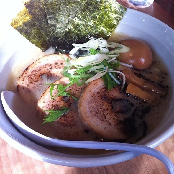 Tonkotsu Ramen @ 麺や・まるとも両国店