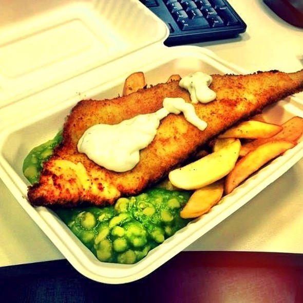Fish & Chips and Mushy Peas @ Alberto's Cafe!!!
