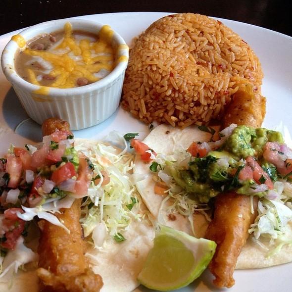 Yard house restaurant menu san jose ca foodspotting for Fish taco menu
