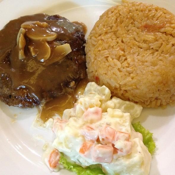 Salisbury Steak With Potato Salad