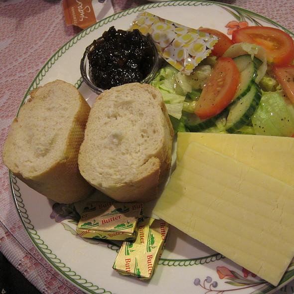 Ploughman's Lunch @ Smalltalk Tearooms