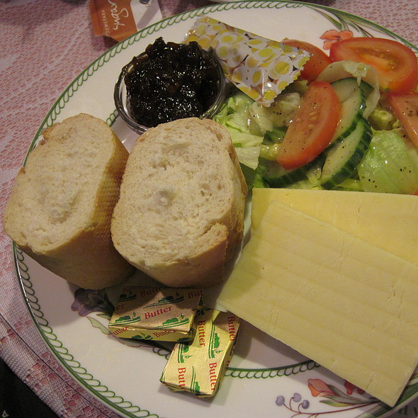 Ploughman's Lunch @ Smalltalk Tearooms