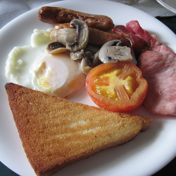 Full English Breakfast @ Elvington Bed and Breakfast B&B Accommodation