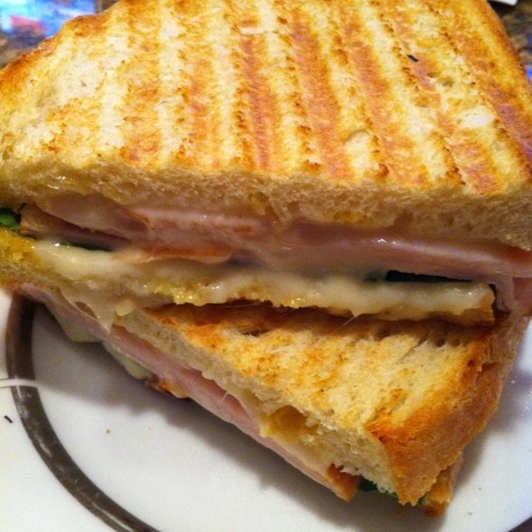 Turkey Florentine Panini @ Admirals Club DFW