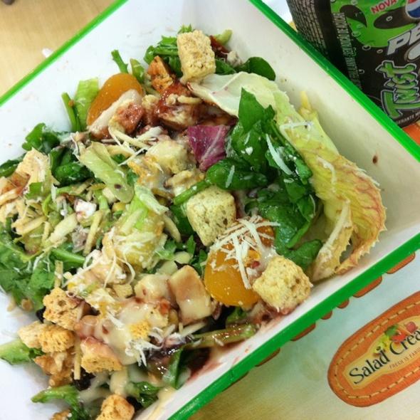 Salada (vc cria) @ Salad Creations