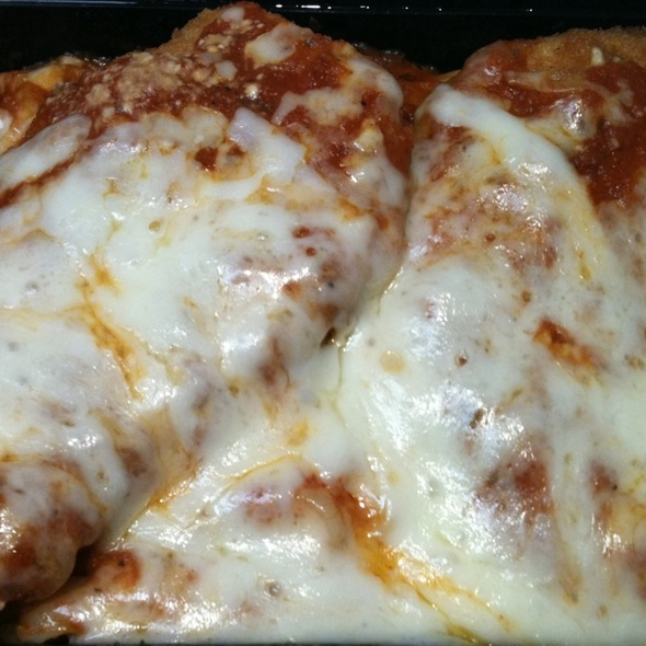 Chicken Parmigiana @ Liberatos Pizza
