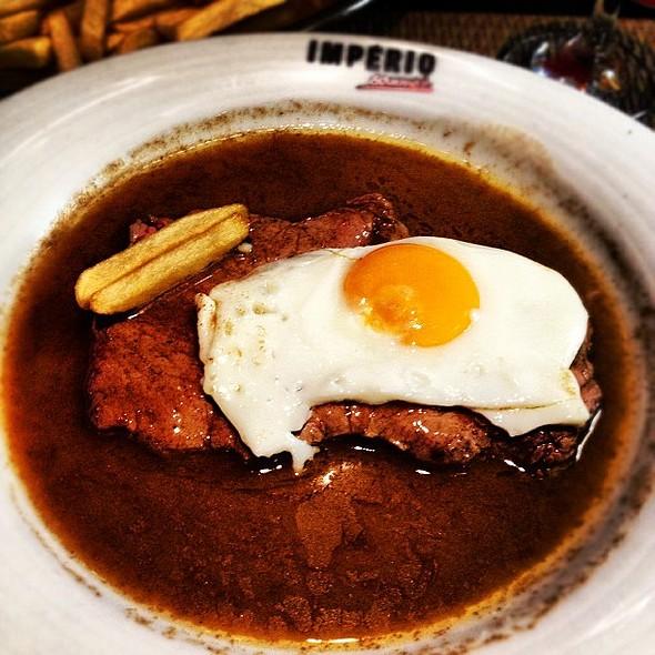 Rare Steak @ Café Império
