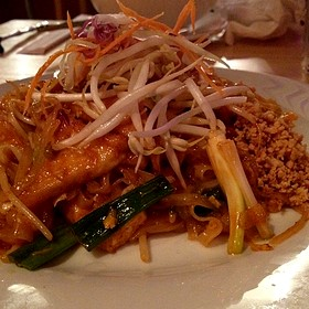Summer restaurant chicago il opentable for Seashell fish chicken chicago il