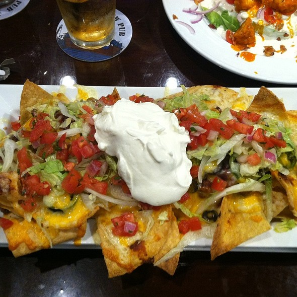 Mia's Cheese Nachos @ Sea Dog Brew Pub