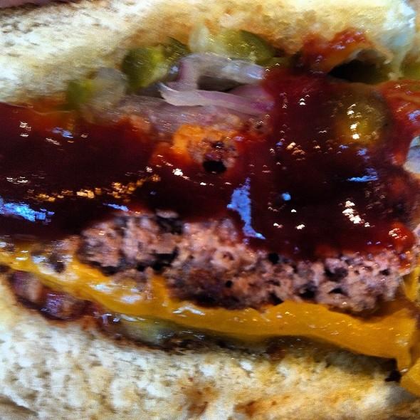 Manhattan Burger @ Z Deli Sanduíches