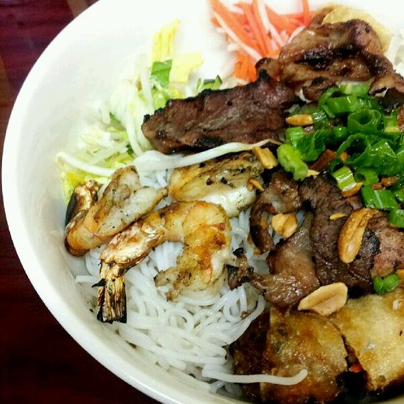 Rice Noodles with Egg Rolls, Shrimp, Grilled Beef and Grilled Pork @ Pho Time