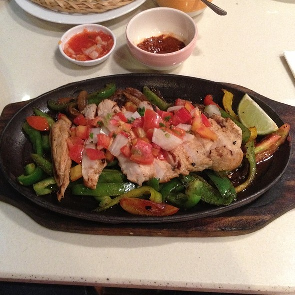 Chicken & Steak Fajitas @ Sunrise Tacos