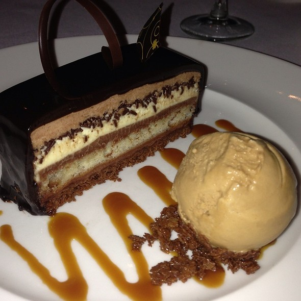 Valhrona Chocolate Cake - Delmonico's, New York, NY
