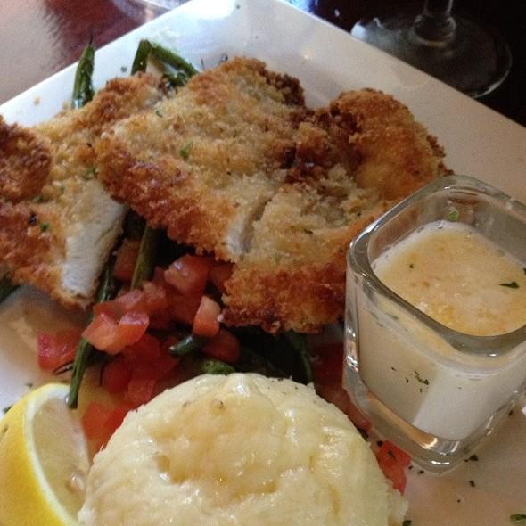 Chicken & Mashers @ La Duni Latin Kitchen & Coffee